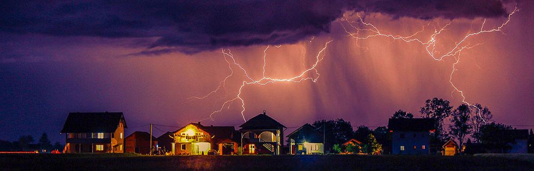 Blitz- und Überspannungs-Schutz